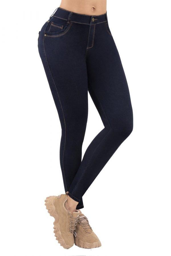 Jeans azul oscuro B 907