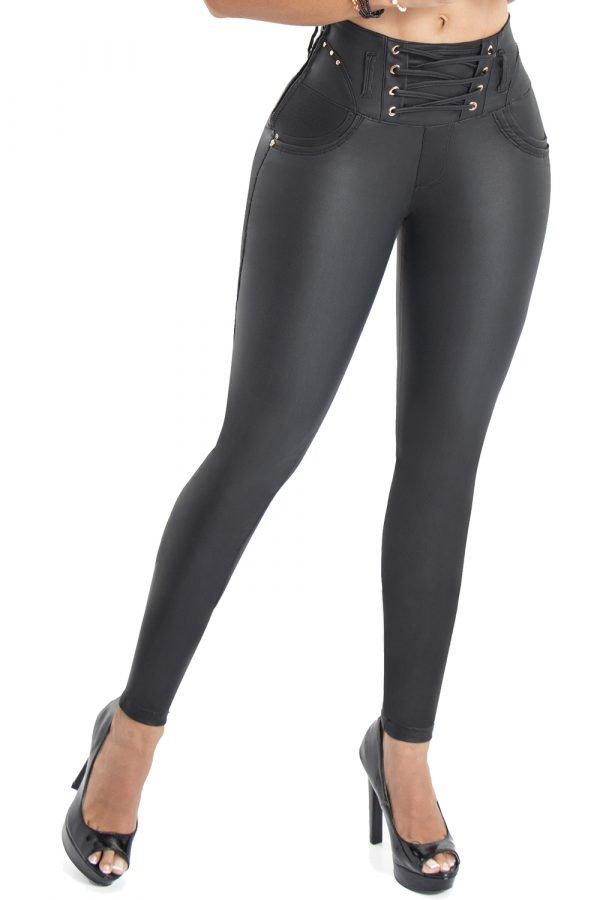 Jeans efecto cuero levanta cola S-2116