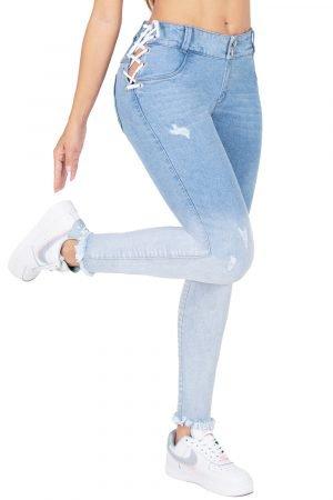 Jeans de Moda Colombia Boyfriend Correa a los lados B-1258